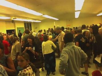 crowds at hawaii caucus